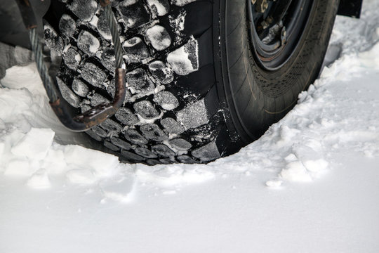 wheels truck stuck in the snow