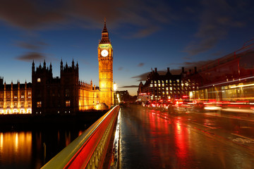Wall Mural - Big Ben, Palace of Westminster, Traffics present