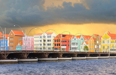 Fototapete -  Curacao island in stormy weather, West Indies, Dutch Caribbean