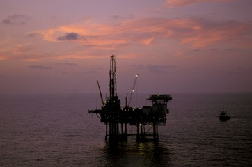 Landscape view of an oil rig off the coast of Texas.