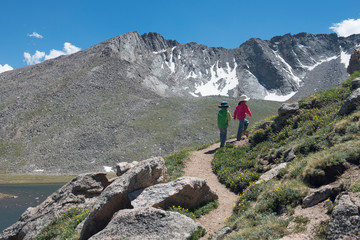 5-year-old boy-girl twins hike on 14,000-foot Mount Evans.