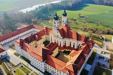 Kloster Roggenburg von oben