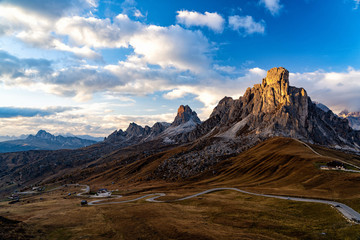 Wall Mural - Scenic view of majestic Dolomites mountains in Italian Alps. Landscape shot at the Passo di Giau, in the the Italian Dolomites, during autumn time.