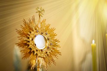 Fototapeta Ostensorial adoration in the catholic church - Corpus Christi obraz