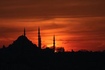 suleymaniye mosque at sunset
