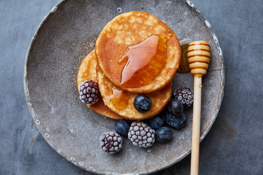 Brunch pancakes with berries