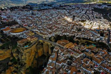 Keuken foto achterwand Las Vegas Ronda in Spanien Luftbilder - Puente Nuevo, Plaza de Toros de Ronda und Sehenswürdigkeiten von Ronda