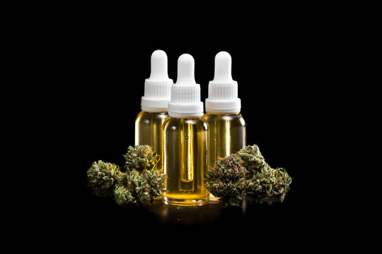 Essential cannabis oil
