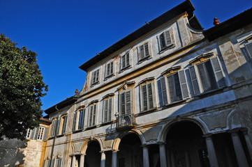 Robecco sul Naviglio, villa Gromo di Ternengo