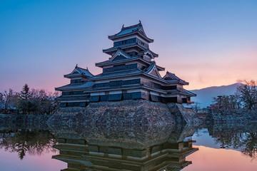 長野県松本市 国宝 松本城の朝焼け