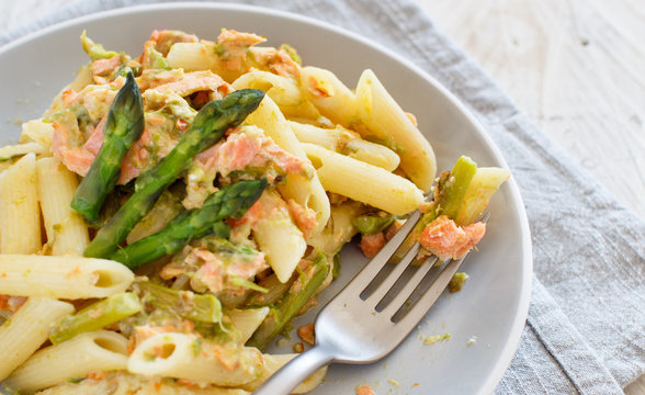 Asparagus and Salmon Penne Pasta
