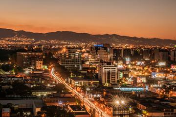 Sunset in Guatemala City Fotomurales