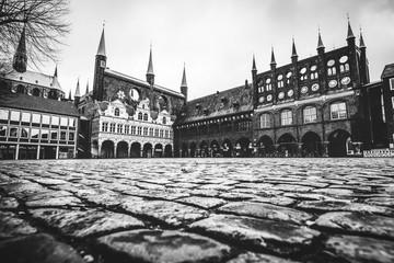 Markt mit Blick auf das Rathaus