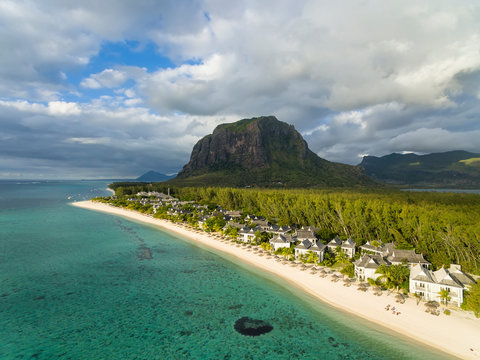 Mauritius, Southwest Coast, view to Indian Ocean, Le Morne with Le Morne Brabant, resort with beach