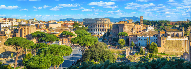 Scenic panorama of Rome with Colosseum and Roman Forum, Italy. Fotomurales
