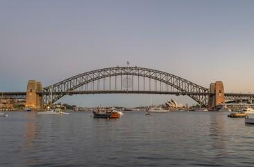 Fotobehang Sydney harbour bridge Sydney Australia front view