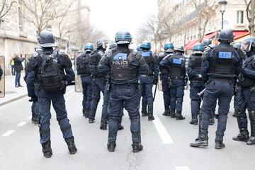Yellow vests - Paris riot