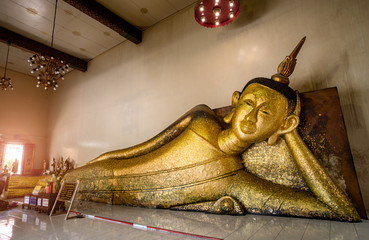 Golden Sleeping Buddha statue.