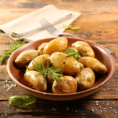 roasted potato with rosemary