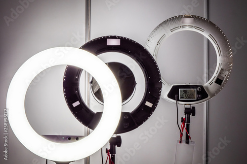 Ring Lamps For Makeup Artists Light