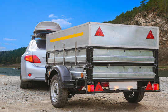 Car trailer and roof rack