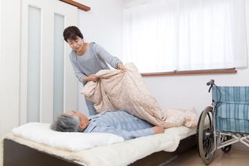 介護 ベッドサイドケア