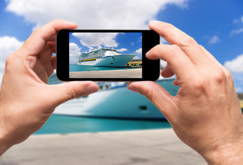 Taking picture cruise in caribbean sea