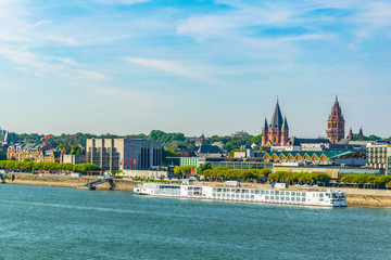 Cathedral in Mainz viewed behind river Rhein, germany