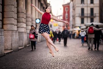 Ballerina Verona