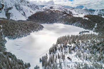 Lago Palù - Valmalenco (IT) - Vista aerea invernale con neve fresca