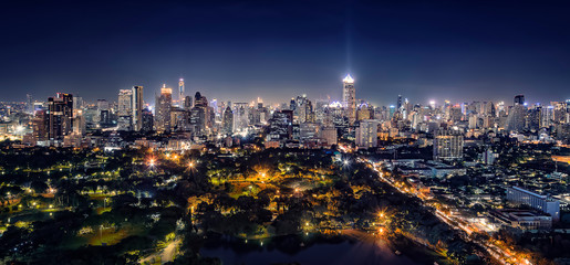 Fototapete - Bangkok city panorama in evening