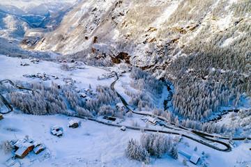 Valmalenco (IT) - Vista aerea invernale della valle da San Giuseppe