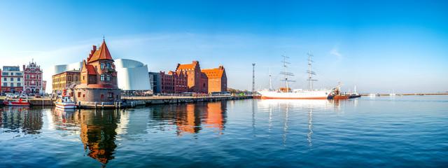 Wall Mural - Hafen von Stralsund, Deutschland