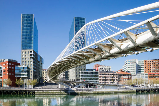 Bilbao city architectural and touristic places highlights