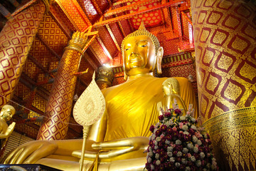 Big Golden Buddha Statue in Wat Phananchoeng, Ayutthaya, Thailand.