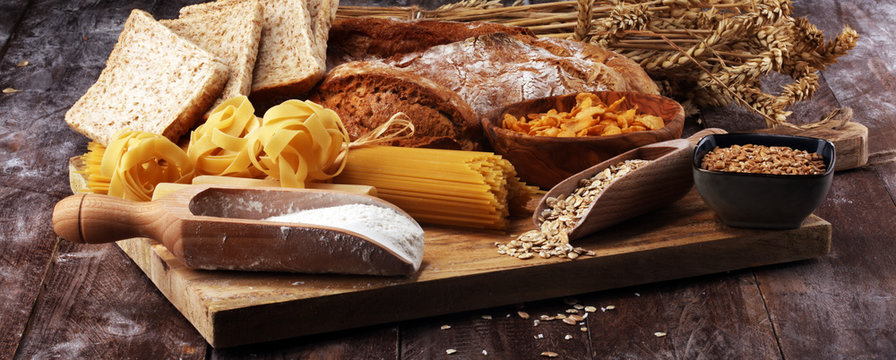 whole grain products with complex carbohydrates on table