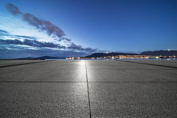 Fototapete - empty parking lot