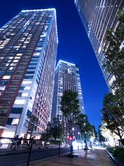 Fototapete - 東京の臨海エリアにあるタワーマンション街