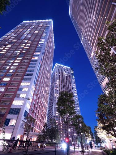 Fototapete 東京の臨海エリアにあるタワーマンション街