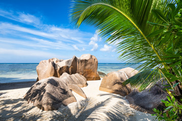 Wall Mural - Strandurlaub auf den Seychellen