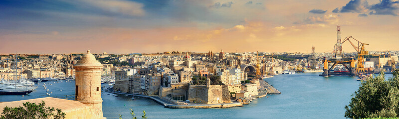 Obraz Grand Harbour, Valletta, Malta - fototapety do salonu