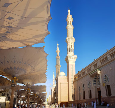 Madinah, Saudi Arabia march 2019, Muslims at Prophet Muhammad's mosque square in Madinah Al-Munawarrah. The mosque is one of the holiest places for muslims.