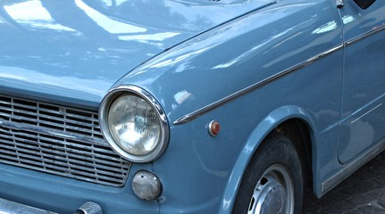 Printed roller blinds Vintage cars Italy: Detail of ancient car.