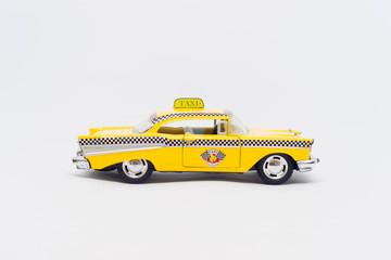 Model żółtej taksówki nowojorskiej vintage