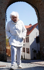 Lisel Heise, a 100-year-old former teacher, walks through the old part of Kirchheimbolanden