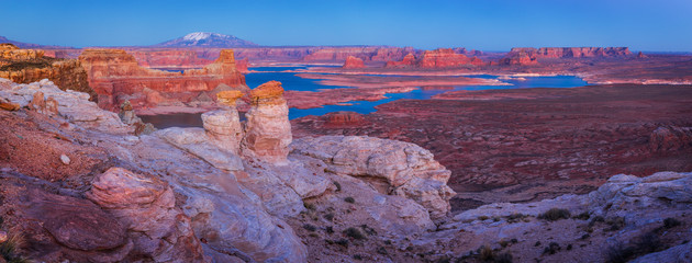 Wall Mural - Alstrom Point in Lake Powell near Page, Arizona, USA