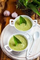 Creamy bear leek soup with ingrediencies