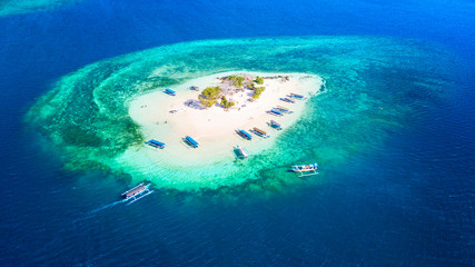 Photo on textile frame Island Beautiful aerial view of Gili Kedis island