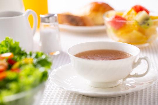 朝食〜紅茶
