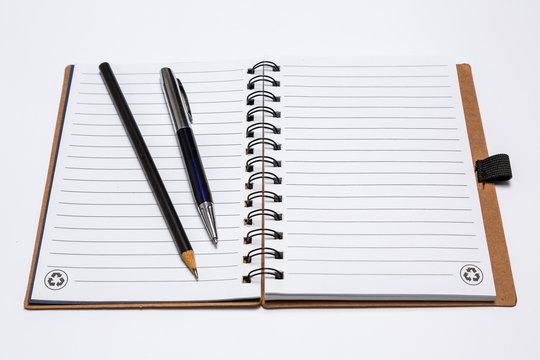Caderno de anotações reciclável